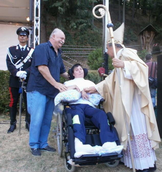 15 agosto 2012 - Ferragosto a Villa Revedin. Sua Eminenza il Cardinale Carlo Caffarra con Barbara e Giampaolo Ferrari