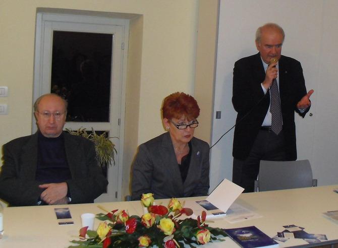 11 marzo 2011 - Repubblica di San Marino: presentazione 3°edizione libro su Cristina. Intervento di Sante Canducci, ambasciatore della Repubblica di San Marino presso la Santa Sede e Past Governor del distretto 2070 dei Rotary.