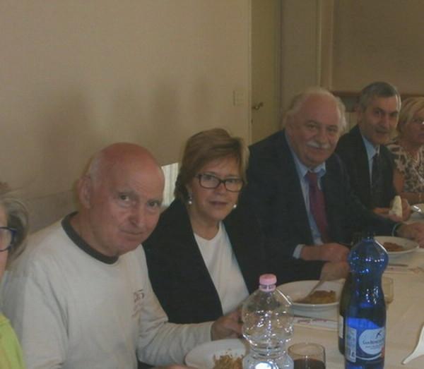 4 ottobre 2012-consegna ufficiale di Casa Cristina. Foto di gruppo all'interno della casa che ospiterà Cristina Magrini e il suo babbo Romano