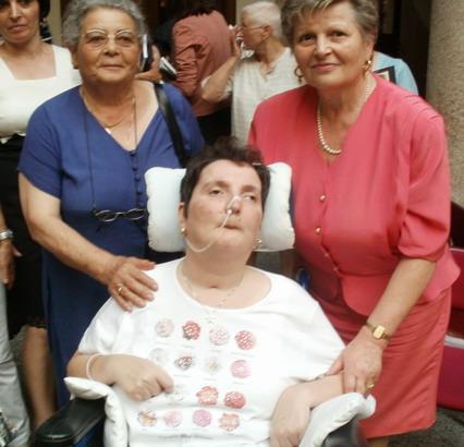 30 giugno 2011. Milano. Presentazione del libro ' Il Sorriso di Moira'. Moira, la mamma e la zia.