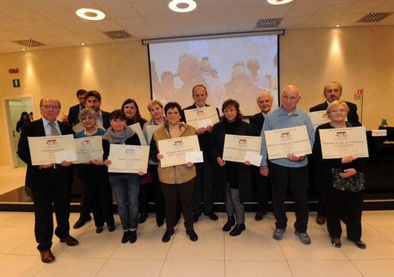 16 marzo 2013 Bologna. Premio Marco Biagi. Foto di gruppo dei rappresentanti delle associazioni che hanno ricevuto il premio.