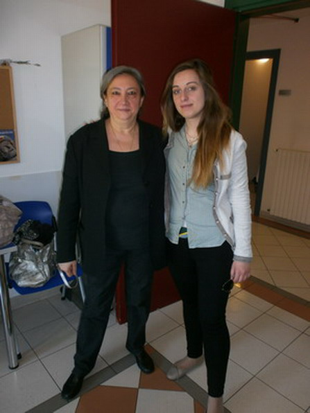 27 maggio 2013 - Bologna Eleonora Gregori Ferri incontra Angela, protagonista del nuovo libro della collana '' Se mi risvegliassi domani '' e moglie di Vincenzo che vive al S. Viola.