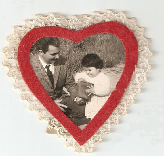 1967 Cristina a un anno con il babbo Romano