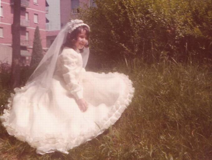 1975 Cristina a nove anni il giorno della prima Comunione